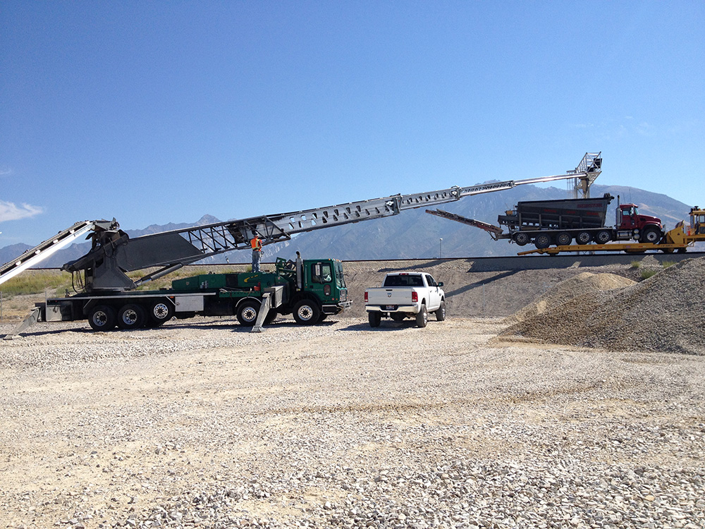 Soil king plus canamerican stone spreader for Soil king productions